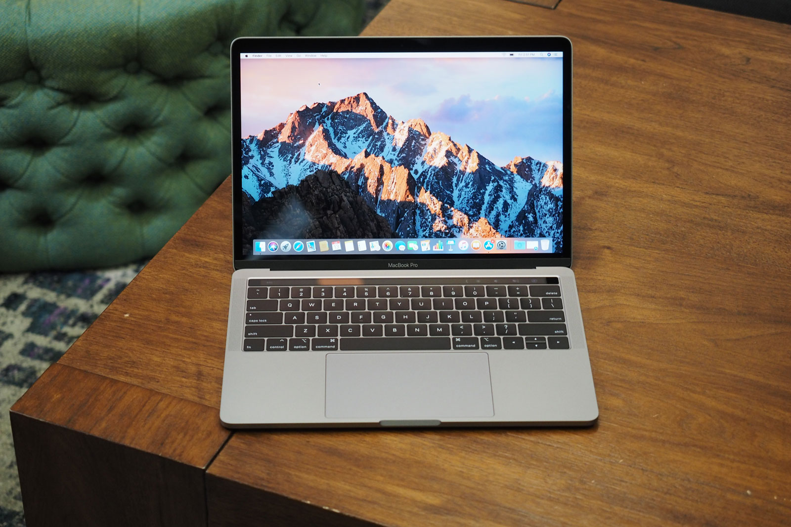 MacBook Air (2018) vs MacBook Pro (2018): Which one is right for you?